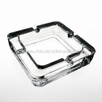 Square Glass Ashtray, Used for Cigarettes, Made of Machine-Made Glass, Available in Different Colors