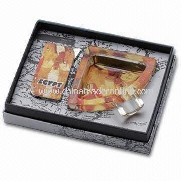 Promotional Ashtray with Lighter, Made of Glass, Fashionable Design