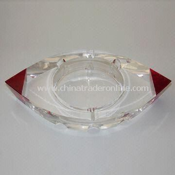 Ashtray, Made of Crystal with Beautiful, Upscale, Fashion Appearance, Used as Birthday Gift