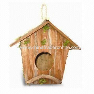 Bird House in Manifold Size, Various Types are Available, Measures 14.5 x 7 x 14cm