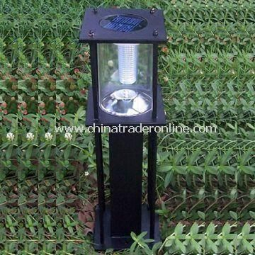 Solar Lawn Light with 6V/5Ah Battery Capacity and Zinc-plated Steel Pole
