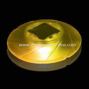Solar Floating Light with Clear Plastic Lens Material, Suitable for Ponds, Pools and More