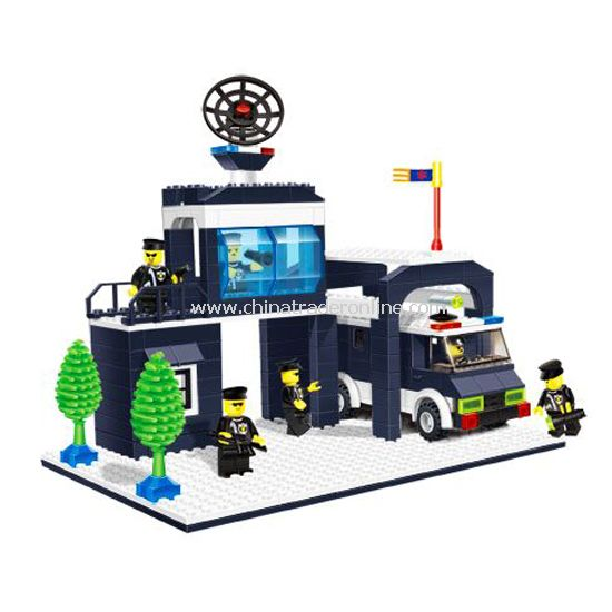 POLICE HEADQUARTERS toy bricks
