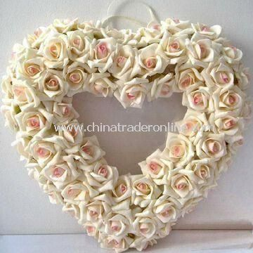 Artificial Wreath, Various Colors and Sizes are Available, Suitable for Wedding Decoration from China