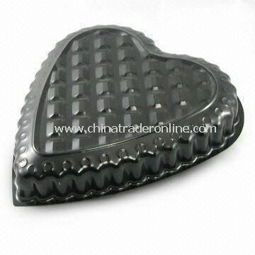 Non-stick Cake Pan in Heart Design, Suitable for Birthdays, Anniversaries, and Mothers Day