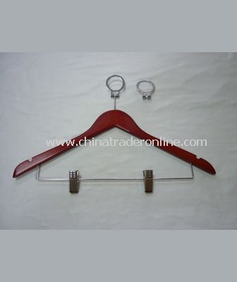 FEMALE CLOTH HANGER WITH CLIPS
