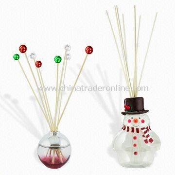 Christmas Fragrance Reed Diffuser Sets, Available in Various Designs with LED Changing Light