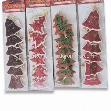 Christmas Tree, Made of Non-woven Fabric, Customized Designs and Sizes are Accepted