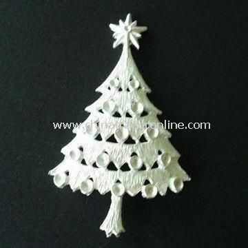 Christmas Tree Brooch, Made of Zinc Alloy with Rhinestones, OEM Orders are Welcome