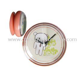 Suction Clock