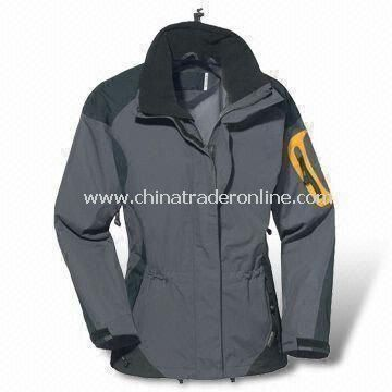 Mens Skiwear with Water-resistant and Wind-resistant Features