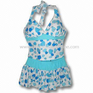 82% Nylon + 18% Spandex Swimwear with Three-piece