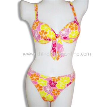 Womens Swimwear, Sizes and Colors As Per Customers Requirements