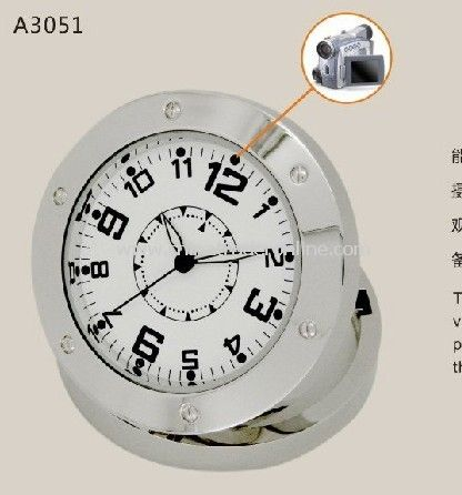 1280*960 HD mini Motion Activation Clock Hidden Camera ,Charge state can camera and Photographs