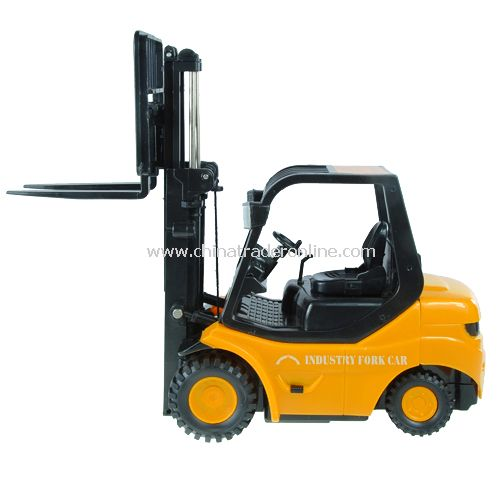 RC Forklift with Lifting Arms - RC Forklift with realistic interior and exterior design from China
