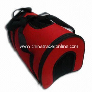 Pet Carrier in Red and Black, Suitable for Outdoor Use, Customized Designs are Accepted