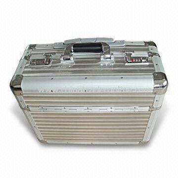Aluminum Pilot Case with Stripe Aluminium Sheet Surface
