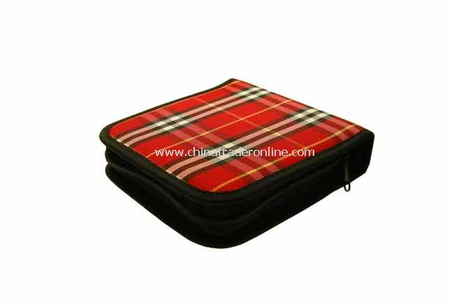 CD Deluxe Wallet Carrying Case, Holds 24 CDs