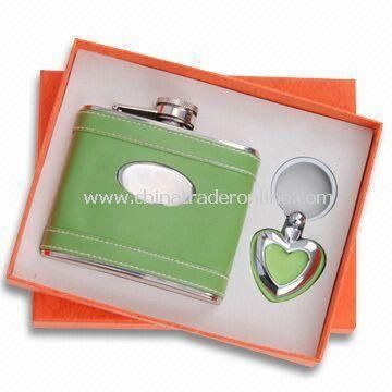 Two-piece Stationery Gift Set, Includes Flagon and Keychain, Suitable for Promotional Purposes