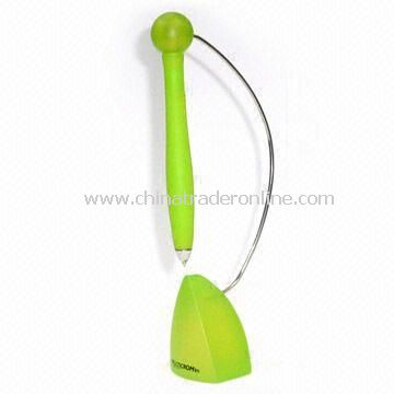 Magnetic Plastic Table Pen, with Hangs and Swings Like Pendulum Above Stand