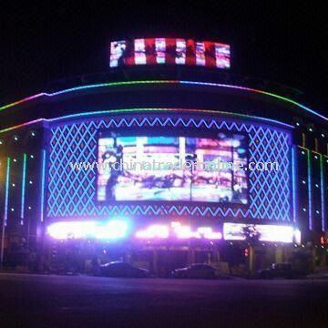 LED Display Board with P20 Outdoor Advertising and More than 100,000 Hours Lifespan