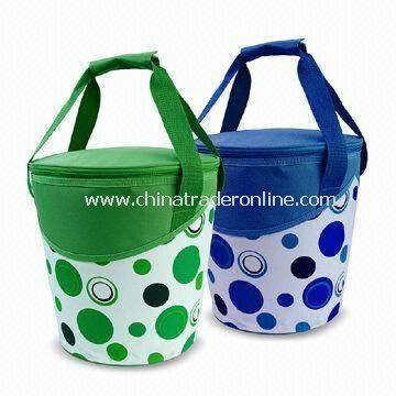 Picnic Basket/Cooler Bag with Insulated Lining and Self Fabric Handle, Measures 24 x 29cm