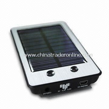 Solar Charger for Apples iPad/iPhone, with Multi-voltage and Suction Cups
