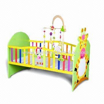 Baby Crib, Made of Solid Wood or MDF, Measures 112.5 x 67 x 94cm