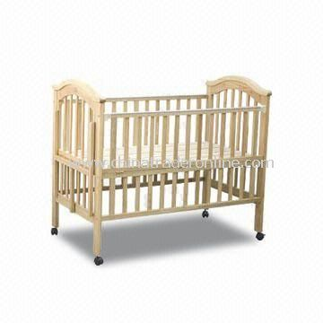 Playpen, Made of Pine, Measures 123 x 72 x 105cm