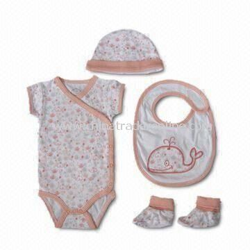 Baby Gift Set/Baby Clothes Set, Customized Designs, Sizes, Colors Welcomed