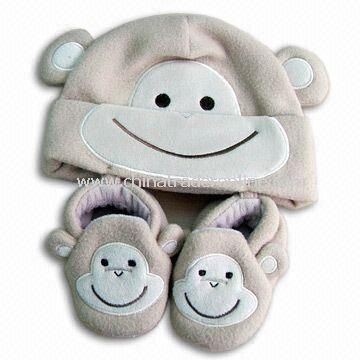 Babys Cap and Slippers Set, Made of 100% Polyester Fleece