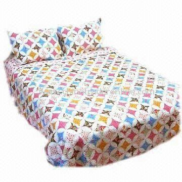 Printed Bedding Set, Covering and Filling of 100% Cotton, Customized Designs are Accepted