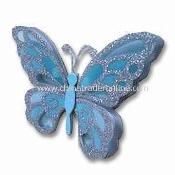 Room Decor Gid Sticker with Slightly Bend Wings Upward to Give Sticker 3D Effect