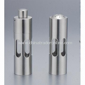 Salt and Pepper Mills, Measures 38 x 138mm, Made of Acrylic
