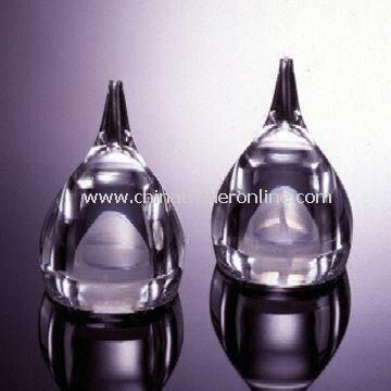 Tear Drop-shaped Salt and Pepper Mills, Made of Acrylic, Measures 5.5 x 8.0cm