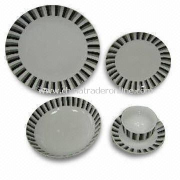 30 Pieces Porcelain Dinner Set, Plates with Decal in Wing Shape, Measures 26.5cm