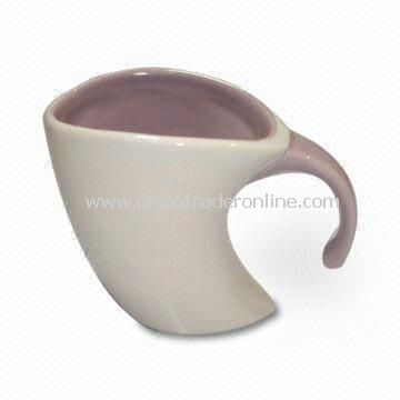 Glazed Porcelain Cup with Antique Stylish Line Design and Simple Borders, Measures 9.3 x 5.2 x 6.7cm
