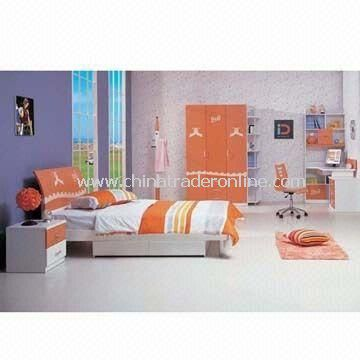 Standard Room Furniture, Composed of Hotel Bed, Bookshelves, Chair and Coat Hook