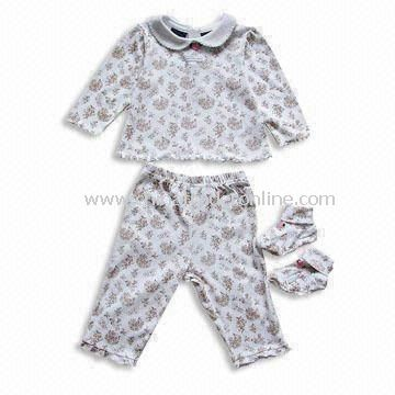 Baby Sleepwear with All Over Printing, Customized Designs and Colors are Accepted