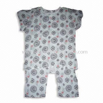 Baby Sleepwear with All Over Printing, Suitable for Summer Season