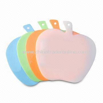 Apple Shaped Plastic Cutting Boards, Sized 26 x 25 x 0.4cm