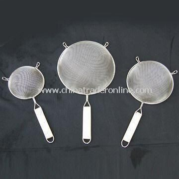 Galvanzied Wire Mesh Skimmer, Made of Stainless Steel, with Wooden and Plastic Handle
