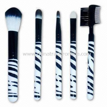 Makeup Brushes with Wood Handle, Various Colors Available, OEM and ODM Orders Welcomed