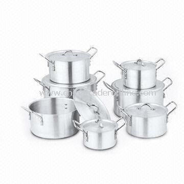 Non-stick Cookware Set with Polish Finish and 1.4/1.5mm Thickness, Made of Aluminum