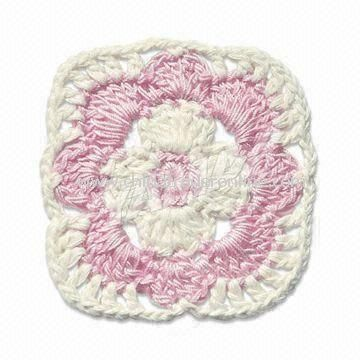 Crochet Flower, Suitable for Home Decoration and Garment Accessories