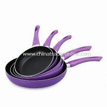 Saute Pans with Non-stick Interior, Available in Different Sizes