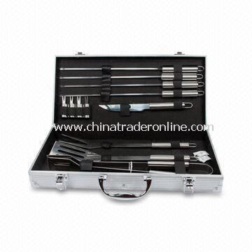 13pcs Fashionable Barbecue Tool Set in Aluminum Case, with SS 2CR13 Tool Handle
