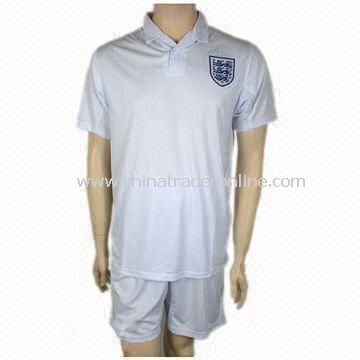 Soccer/Football Jersey/Sports Wear, Made of 100% Polyester, Customized Designs are Accepted