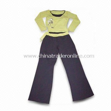 Womens Sportswear for Yoga, Customized Logos are Welcome