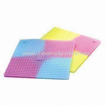Square Multifunctional Colorful Cup Mat/Pot Holders, Made of 100% Food Grade Silicone